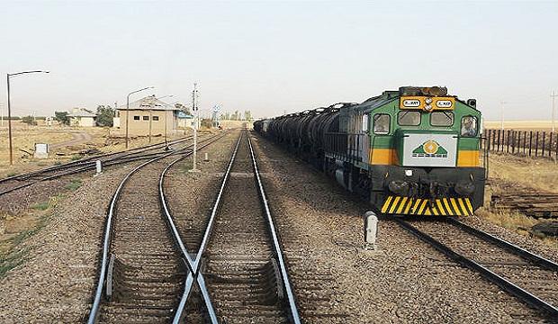 Photo of قطار مسافربری قاتل کودک 4 ساله در مراغه شد