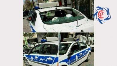 Photo of حمله وحشیانه به خودروی پلیس در خوی + عکس
